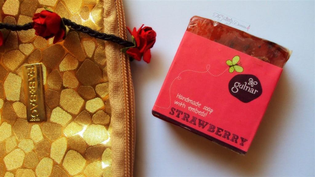 Fab Bag November 2014 Gulnar Handmade soap in Strawberry
