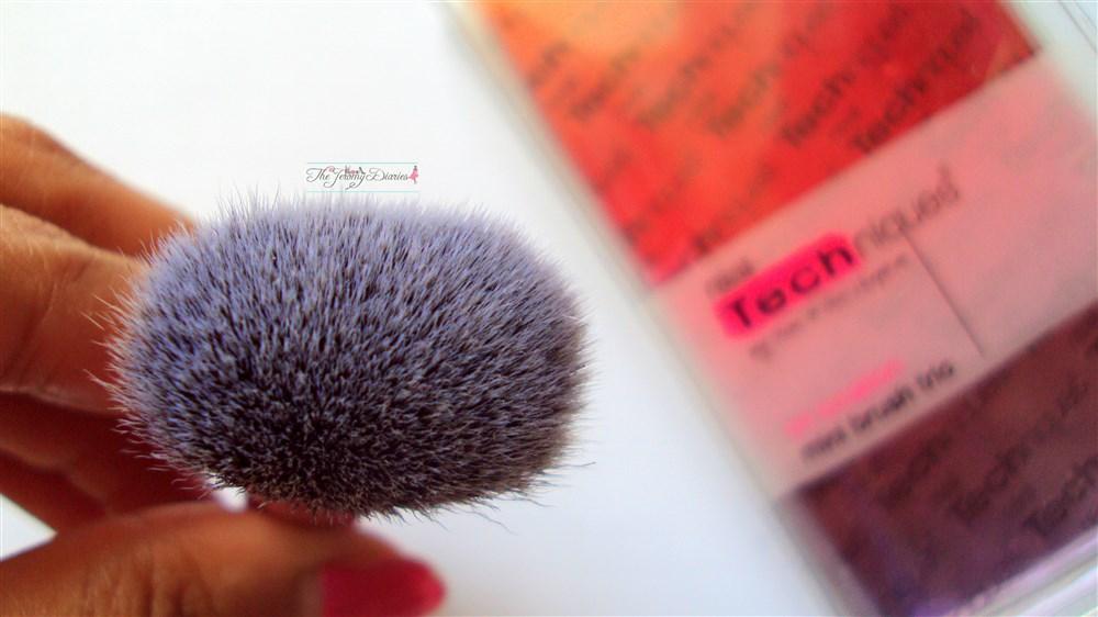 Real Techniques Face Brush bristles
