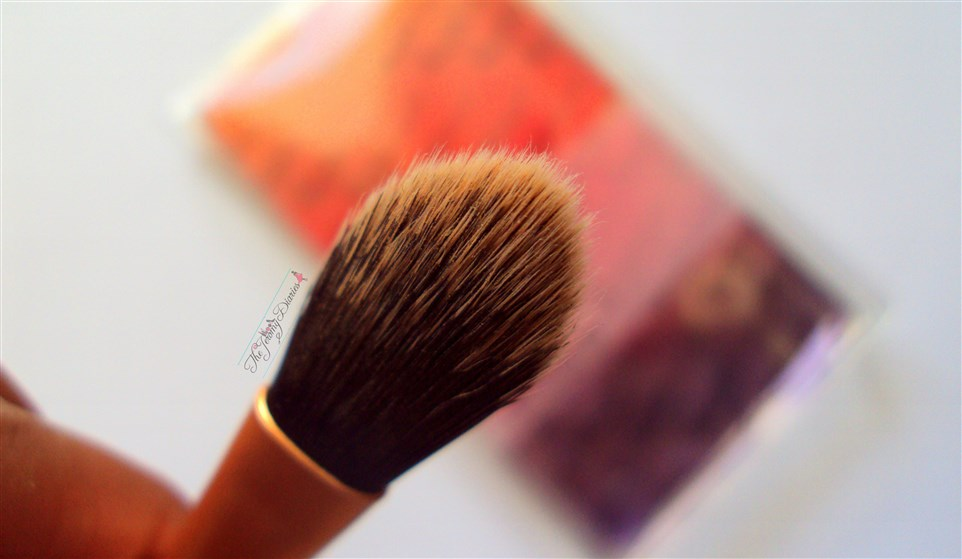 Real Techniques Mini Foundation Brush bristles