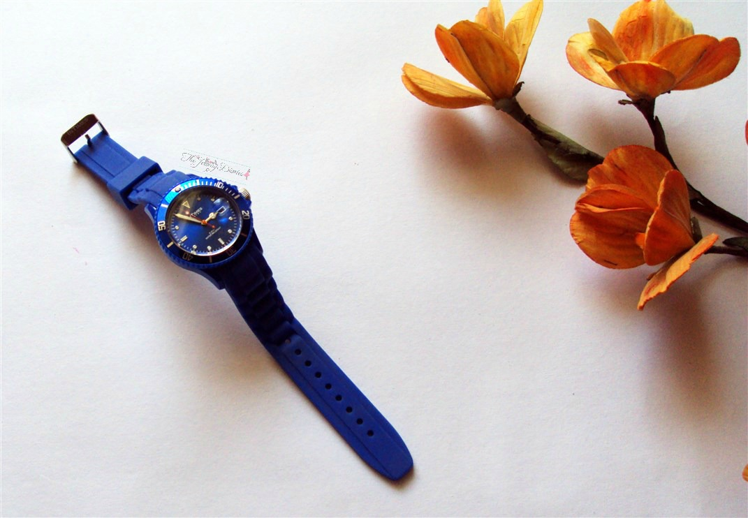 quartz watches blue dial