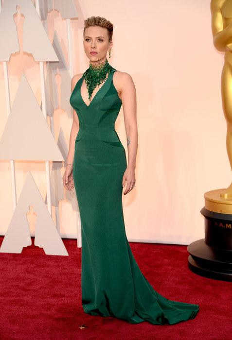 actress scarlett johansson oscars 2015