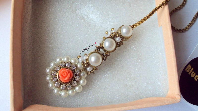 jabong pearl and roses studded indian jewellery maang tika