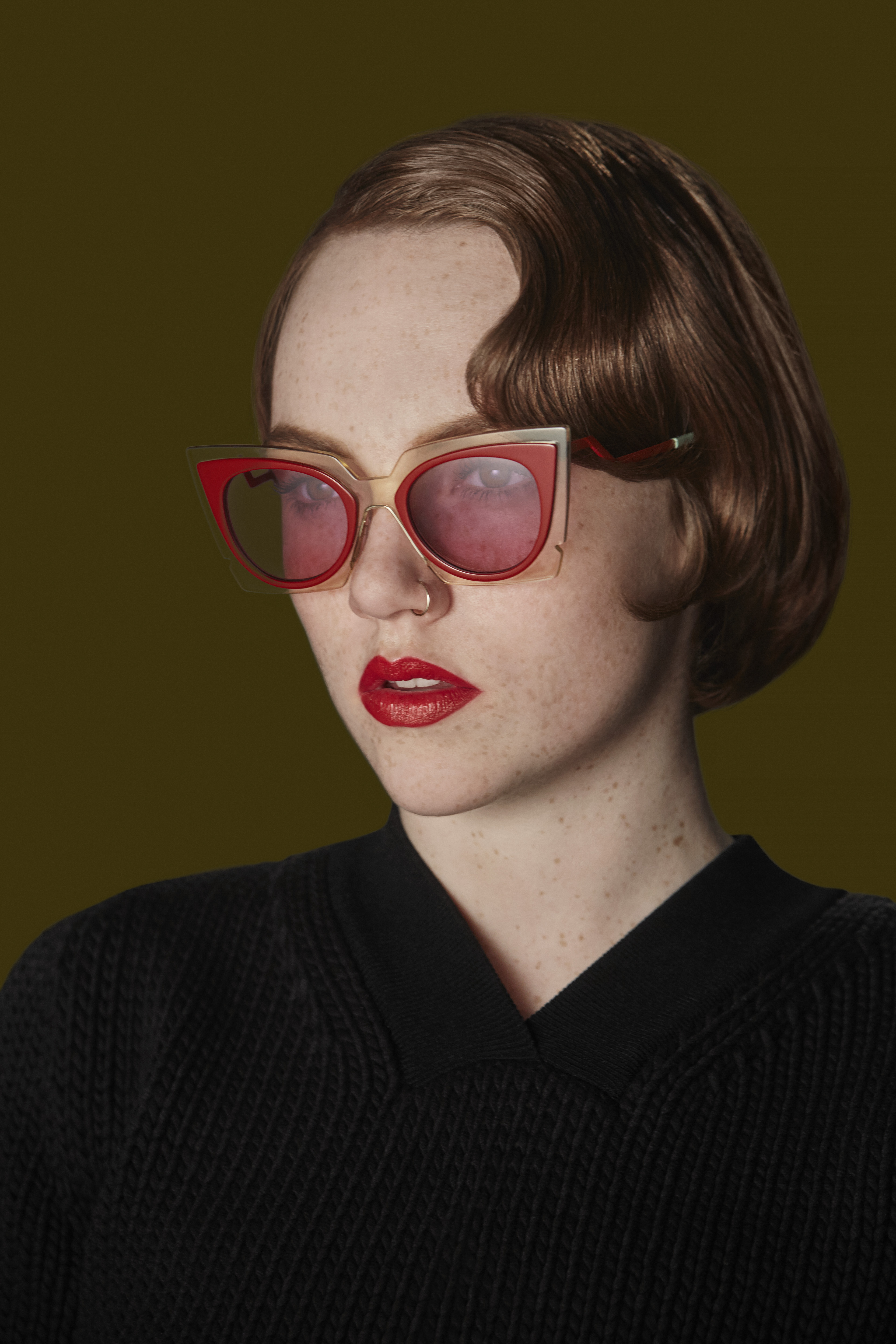 01_FENDI Ochidea Sunglasses_Bad Dreams Video featuring Chlîe Howl