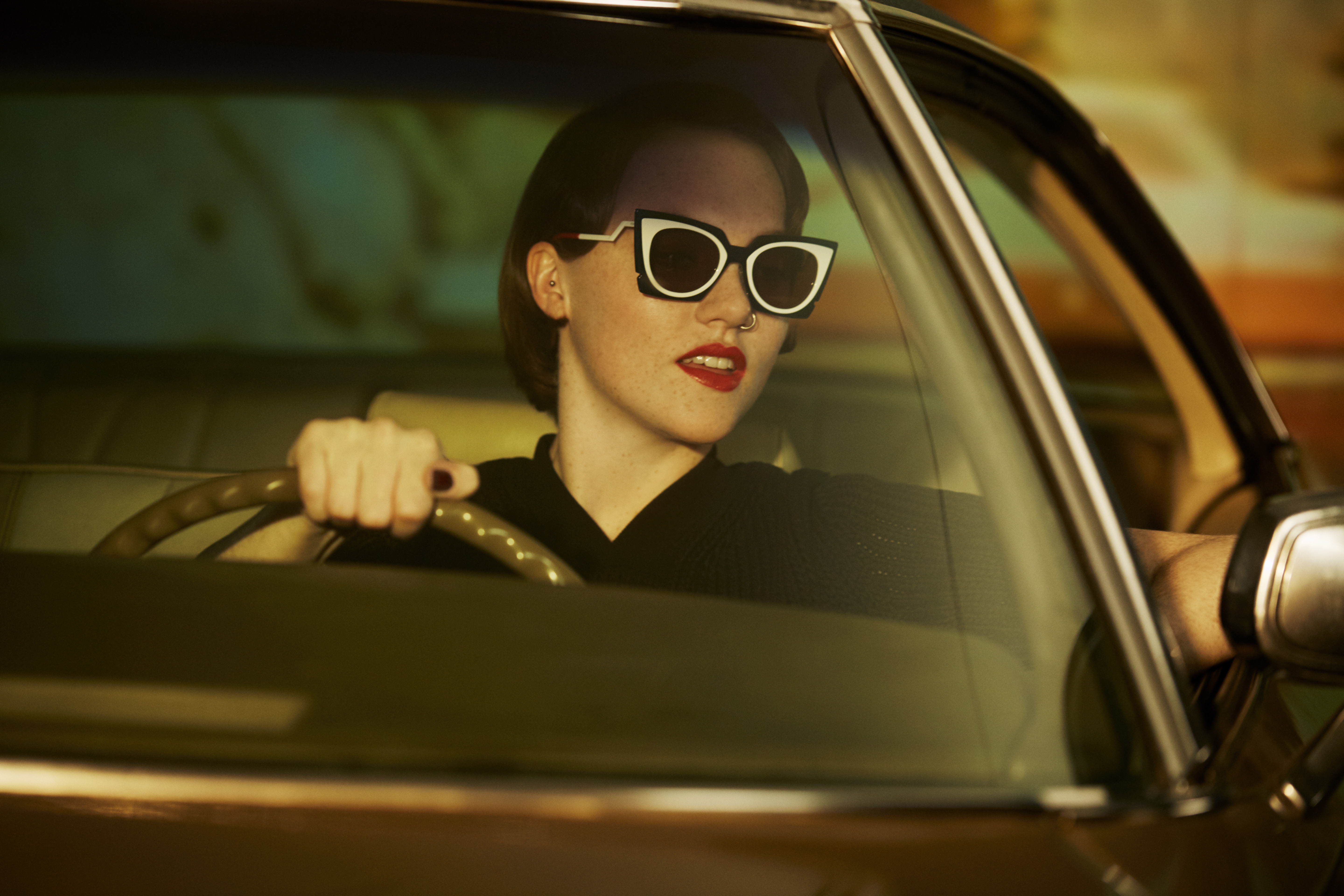 03_FENDI Ochidea Sunglasses_Bad Dreams Video featuring Chlîe Howl