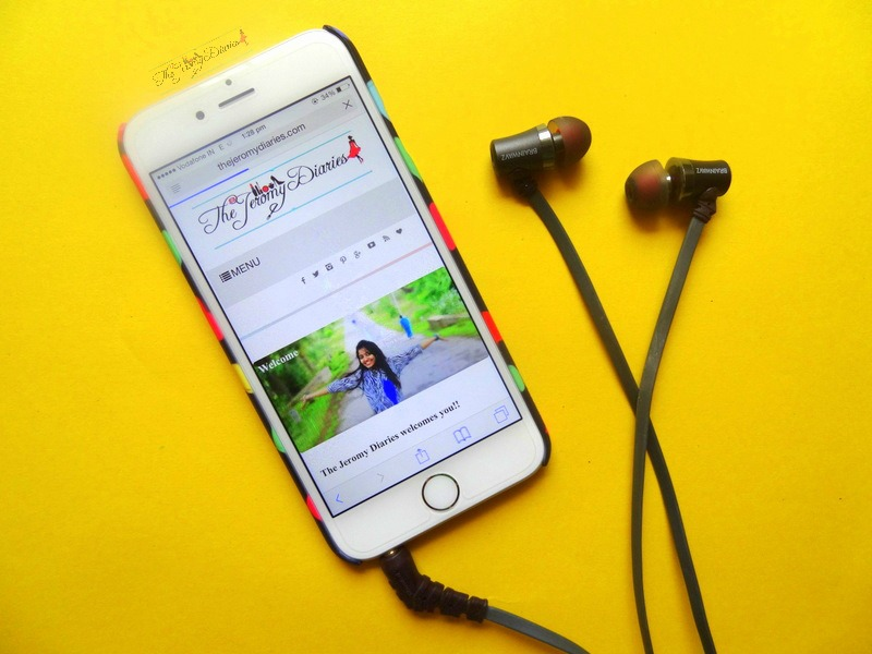 brainwavz audio s1 earphones on an iphone