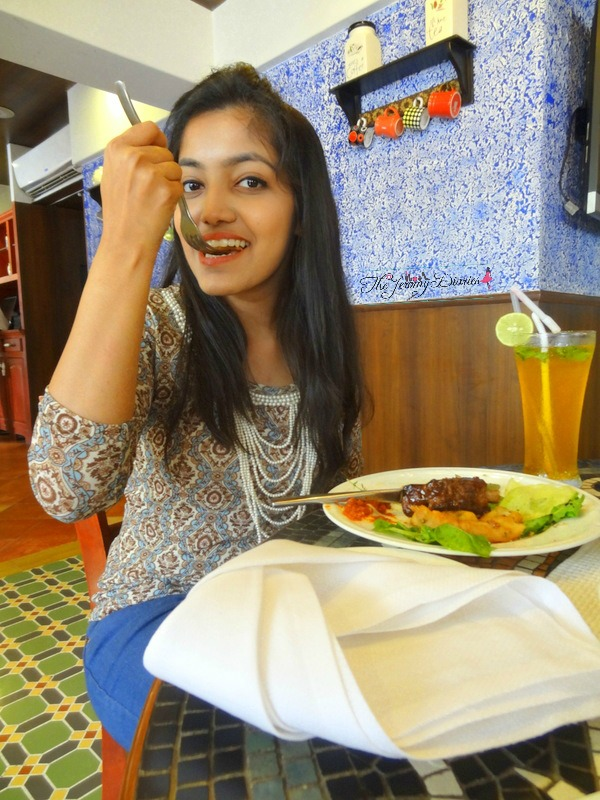 princy mascarenhas the jeromy diaries blogger enjoying spaghetti kitchen food a la carte menu