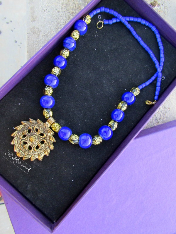 cerulean blue beads necklace