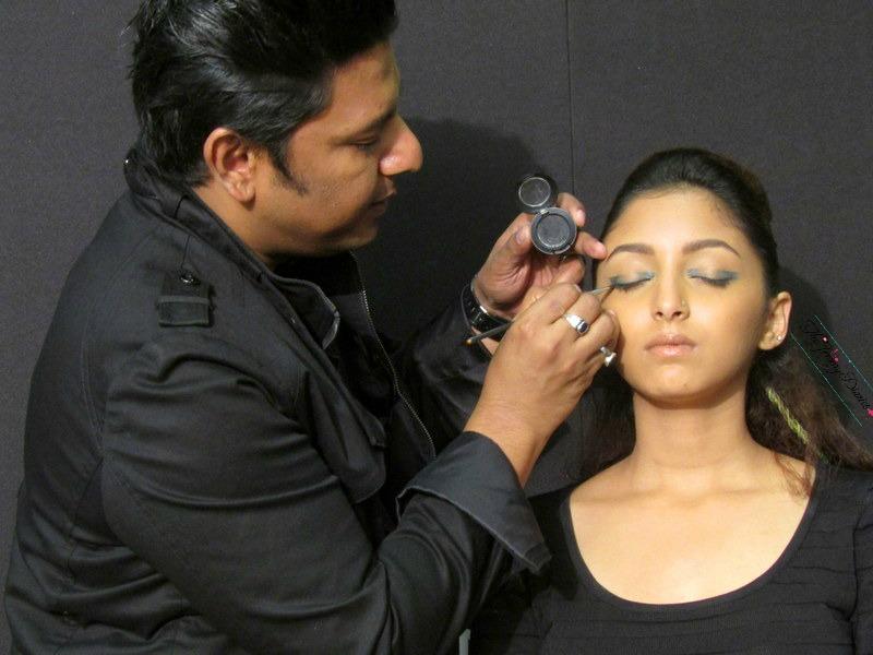 graphic eye makeup sonix sarwate