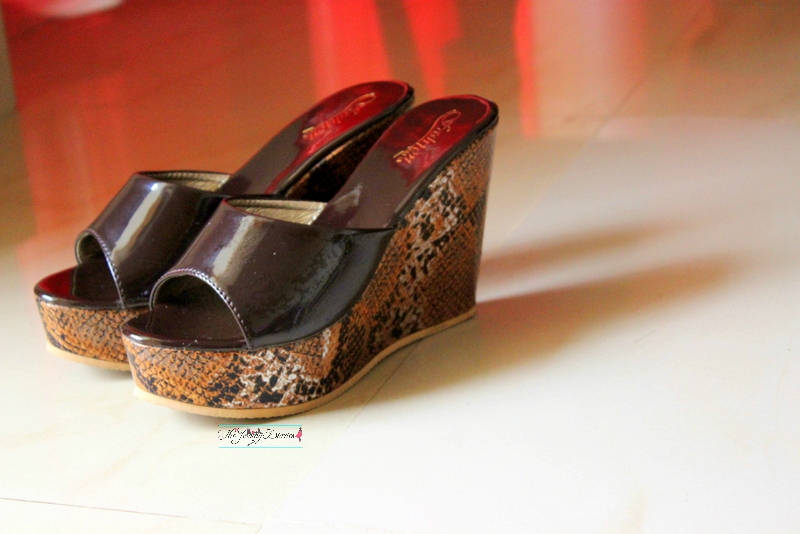 slip on wedges from limeroad shopping