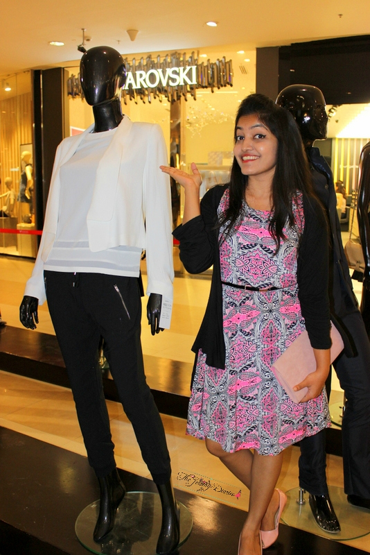princy mascarenhas blogger of the jeromy diaries at the launch event of 101 looks at phoenix at phoenix market city bangalore