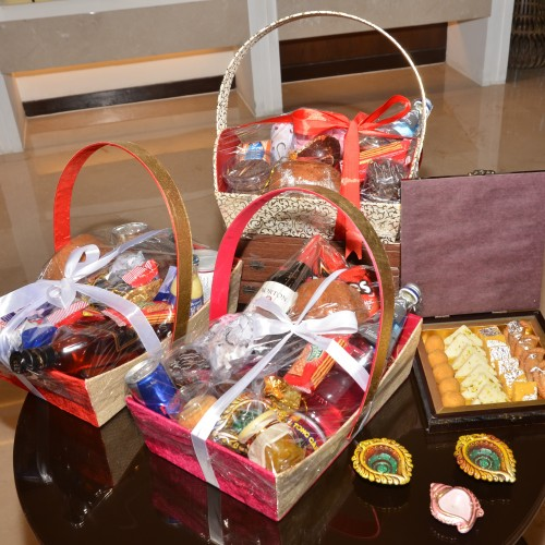 Diwali Hampers from Courtyard by Marriott Gurgaon