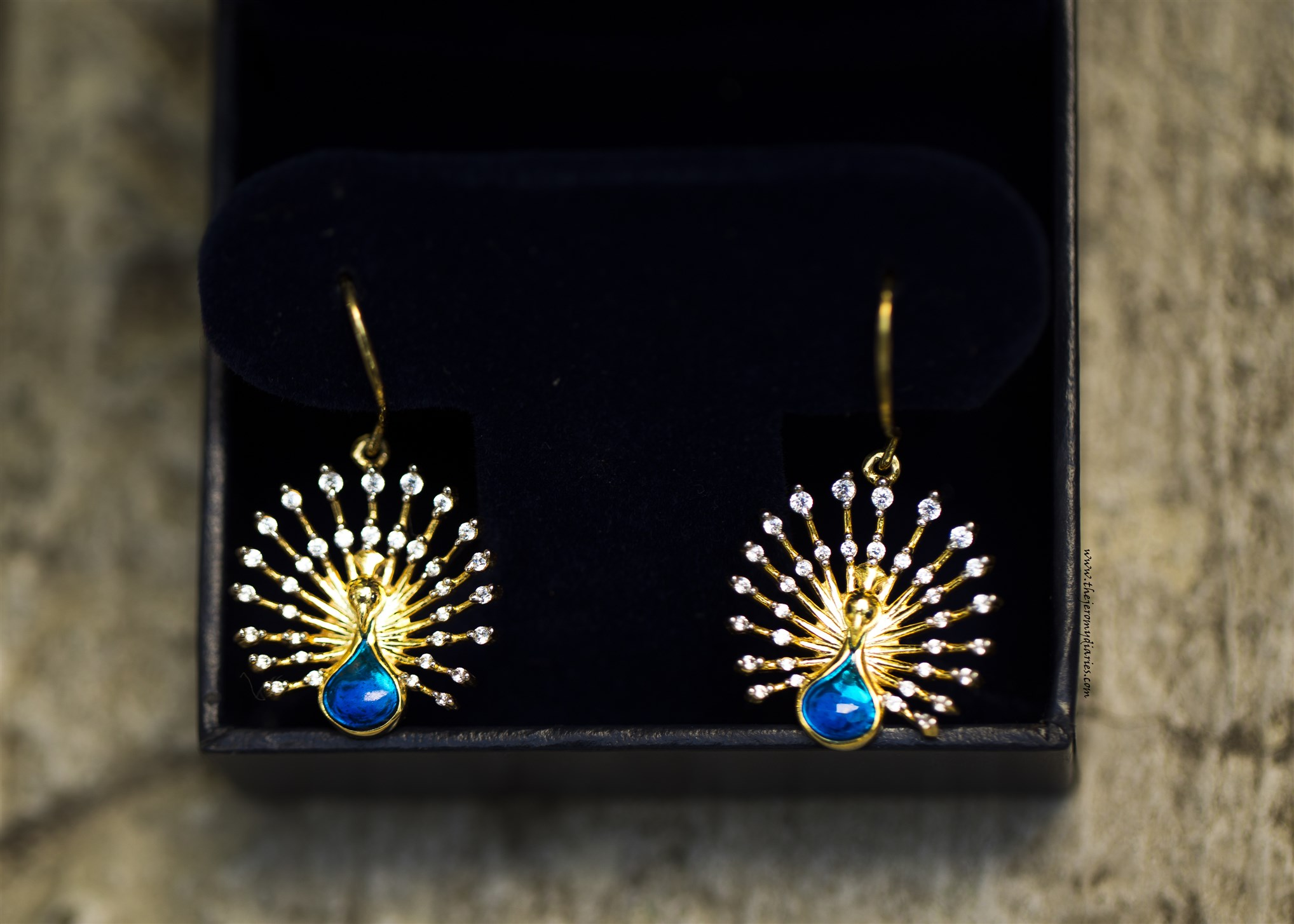 bluestone royal feather earrings peacock collection (2036 x 1454)