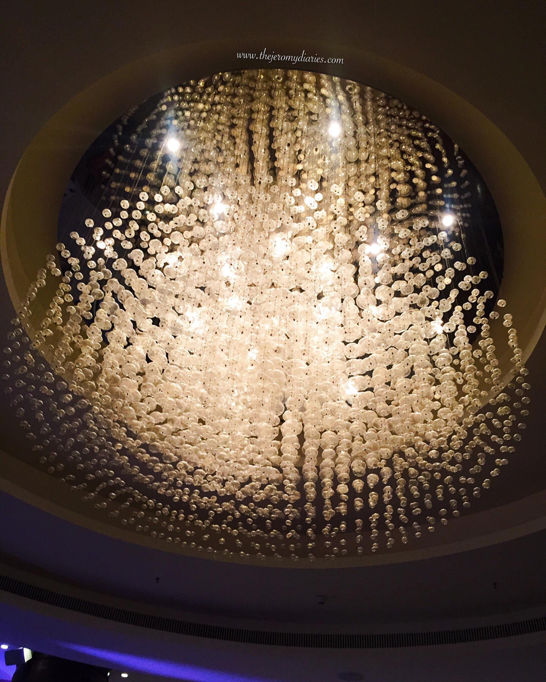 chandelier at marriott whitefield bengaluru