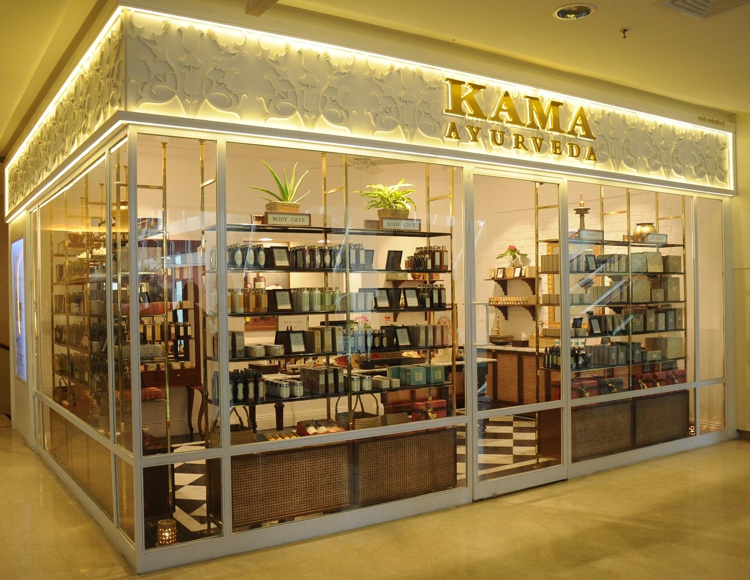Kama Ayurveda Store at 1 MG mall Bangalore the jeromy diaries beauty blogger