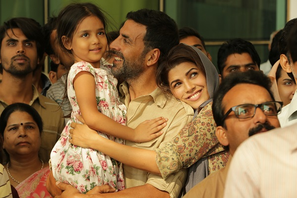 airlift akshay kumar nimrat kaur movie