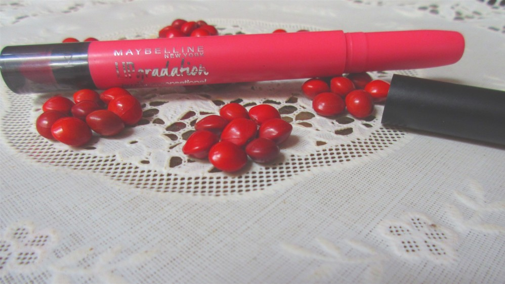 Maybelline New York  Lip Gradation Colorsensational in Coral 1 Review – Swatches, Price