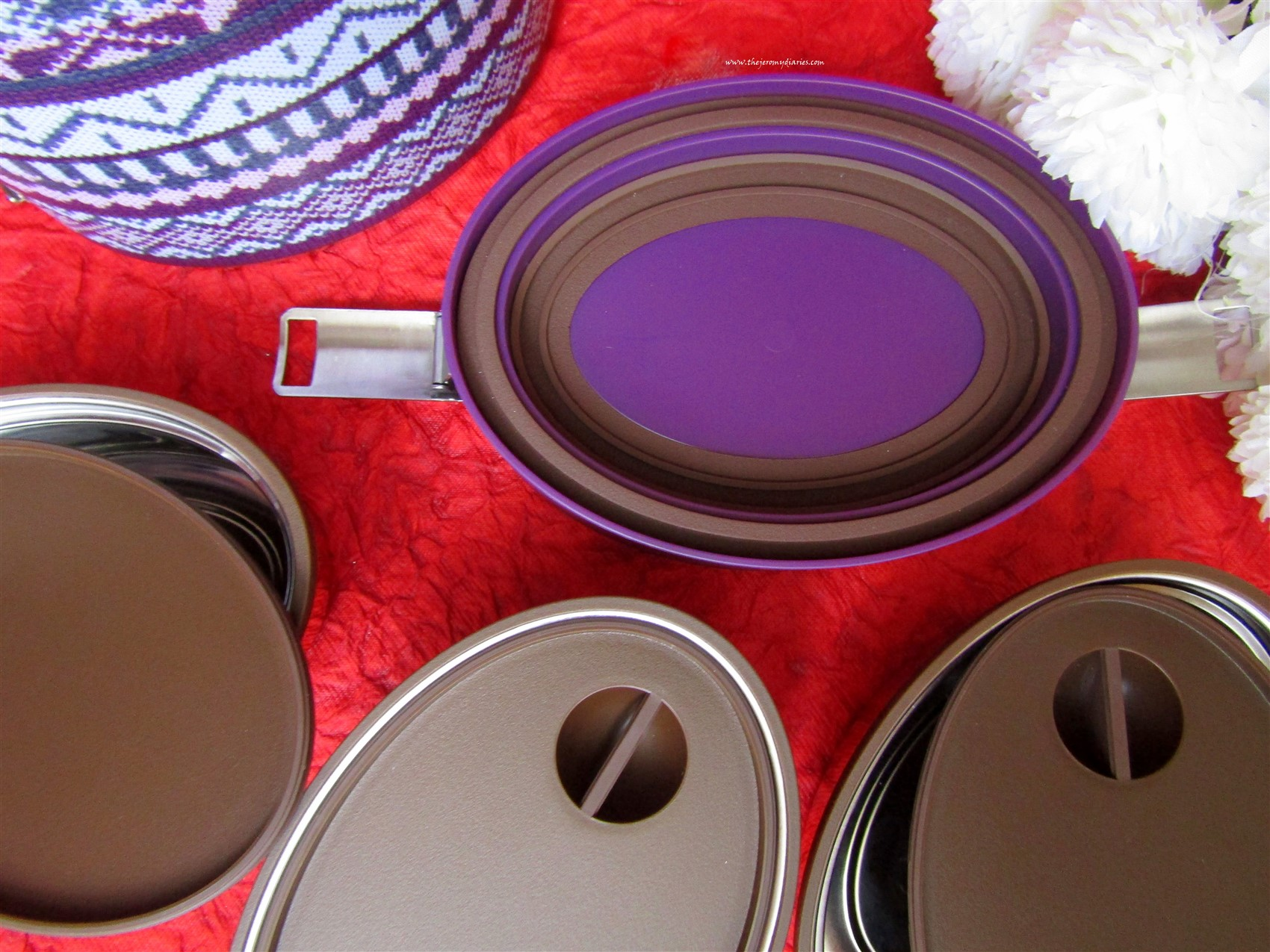 vaya-tyffyn-steel-container-lunch-box-stylish-lunch-boxes-the-jeromy-diaries