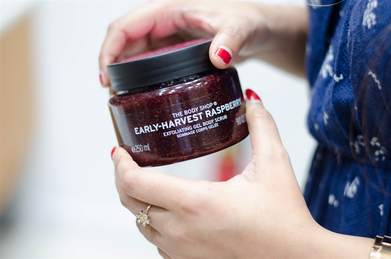the body shop early harvest raspberry scrub the jeromy diaries
